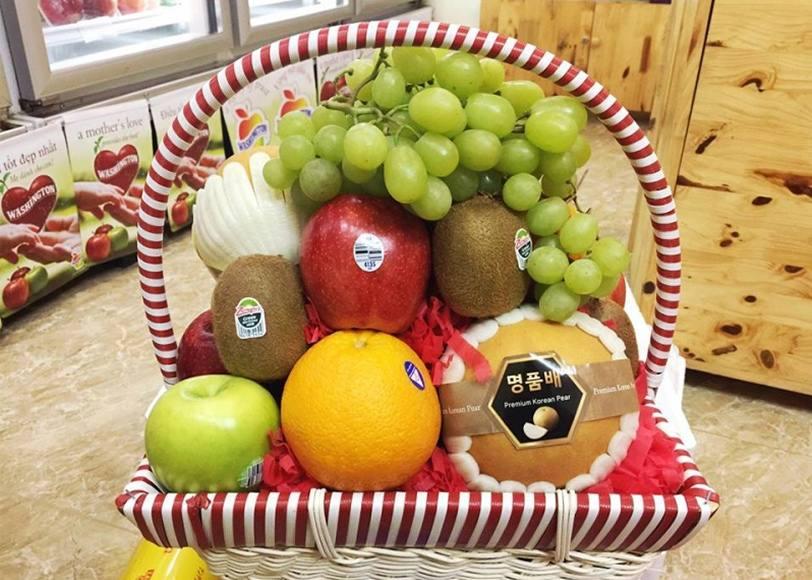 quà tặng tết giỏ hoa quả