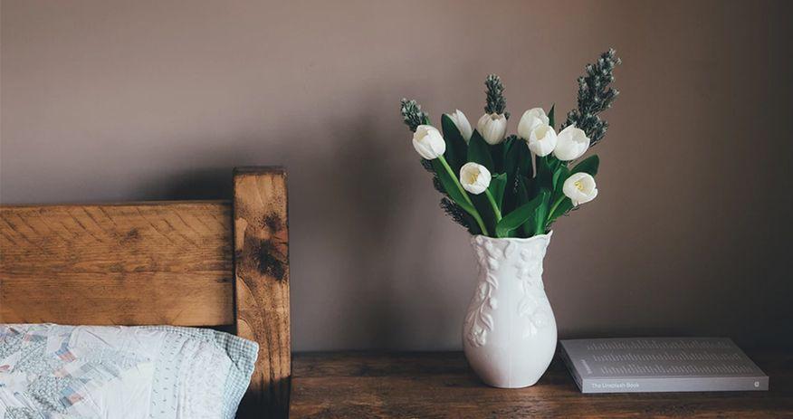 quà tặng kỷ niệm ngày cưới bình hoa gốm