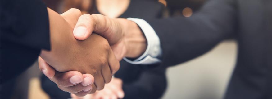 sự hợp nhất giữa các nhà bán lẻ