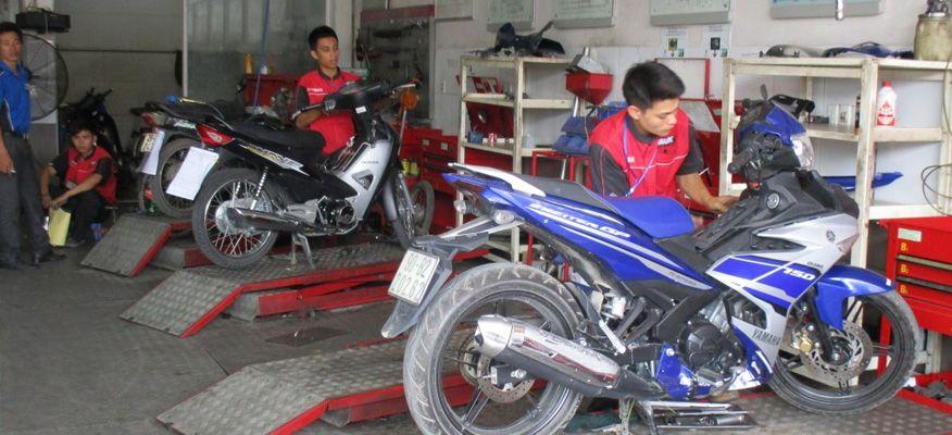 mở cửa hàng sửa chữa xe máy ô tô