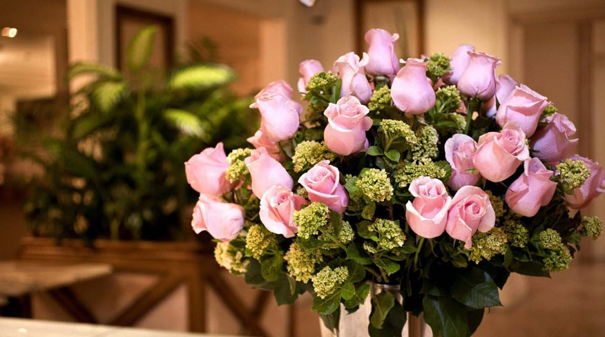 bán các loại hoa giả dịp Tết