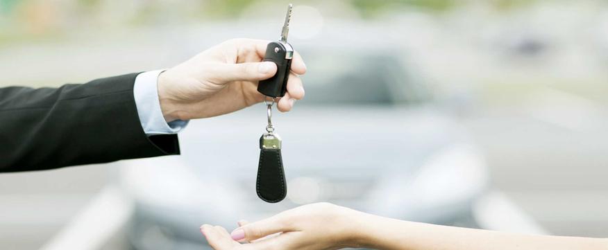 giải quyết các yêu cầu khi khách xem xe