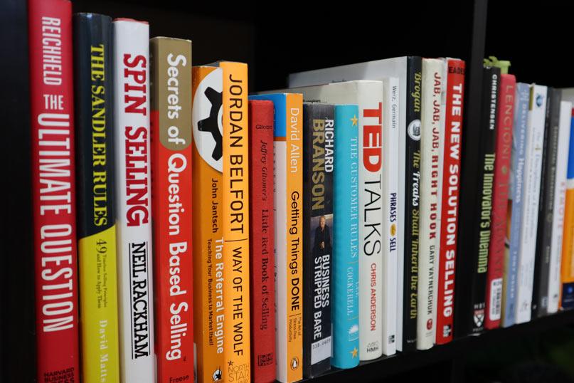 Bán sách đã qua sử dụng online