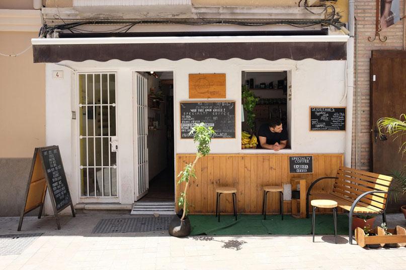 Cafe takeaway