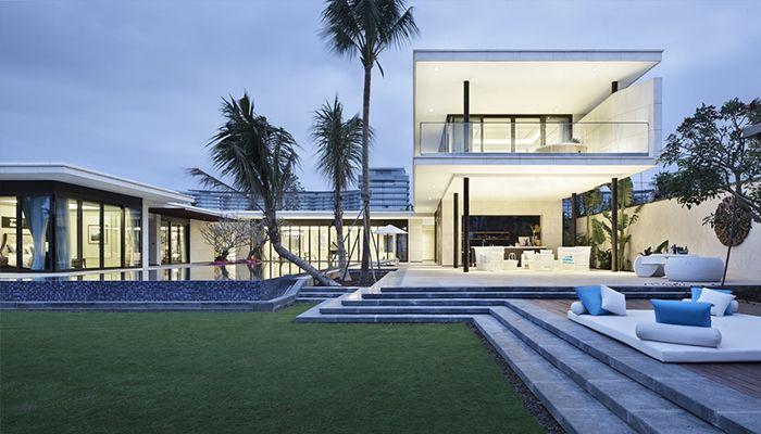 phần thiết kế của ăcn nhà hướng ra sân sau