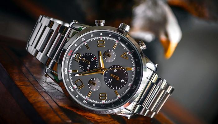 quà tặng doanh nghiệp đồng hồ