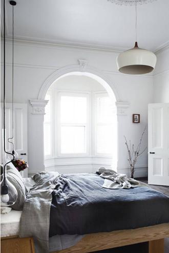 thổi phong cách hiện đại vào phòng ngủ