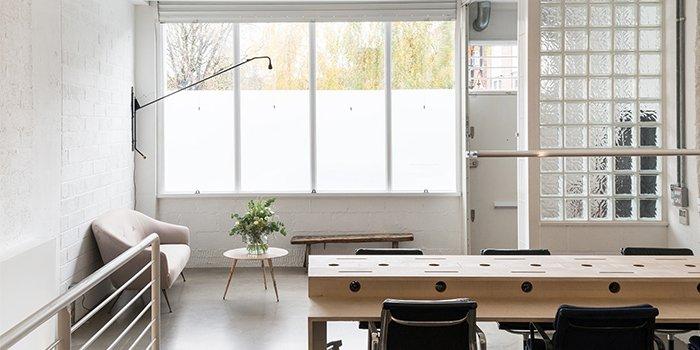 văn phòng tối giản the modern house